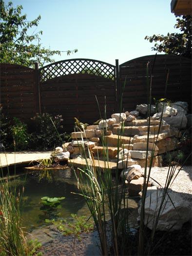 Le design le contemporain pour votre jardin et les espaces vert for Exterieur contemporain