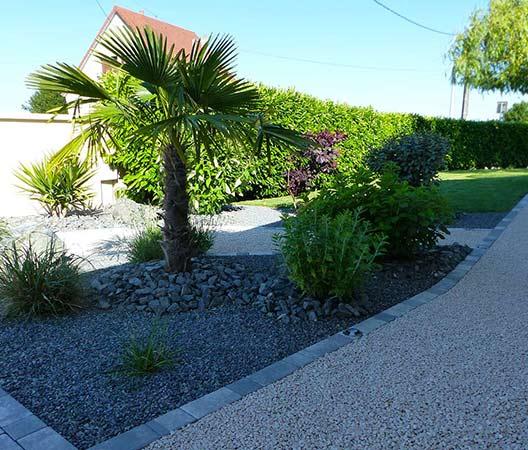 ménagement des extérieurs d'un jardin modern 3