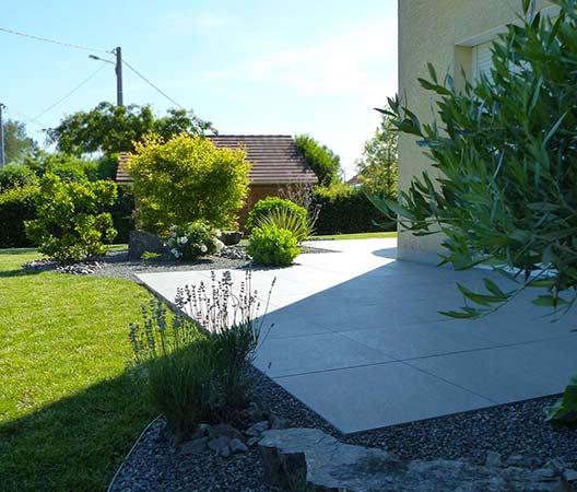 ménagement des extérieurs d'un jardin modern 8