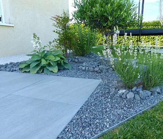 ménagement des extérieurs d'un jardin modern 9