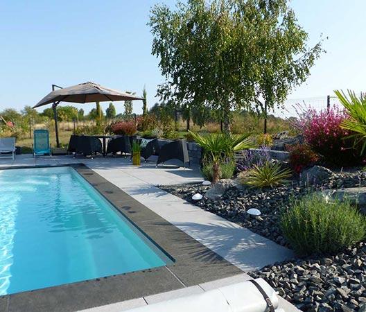 jardin et piscine contemporaine 8
