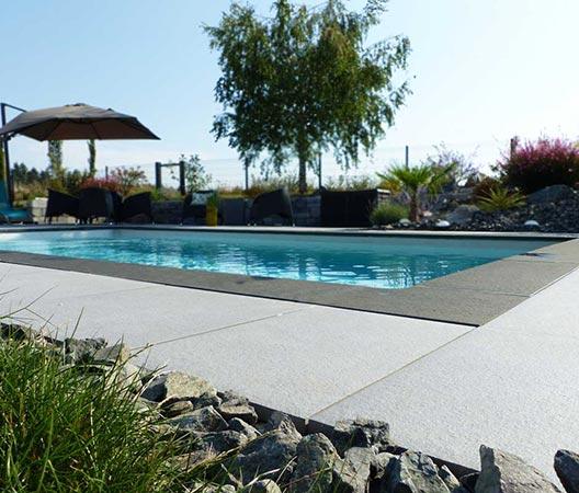 jardin et piscine contemporaine 11