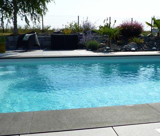 jardin et piscine contemporaine 22